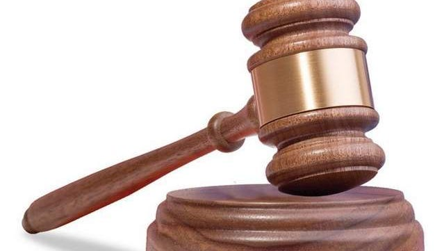 Lafayette man pleads guilty to having stolen firearms