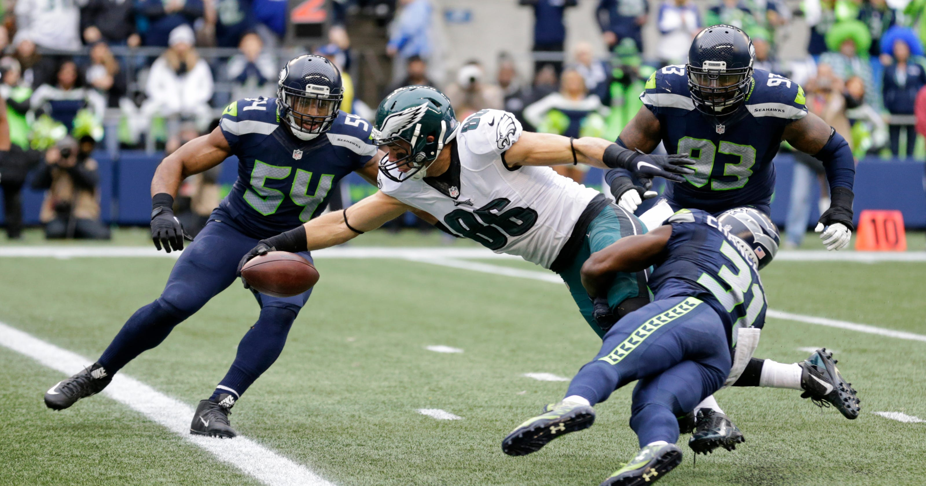 aa2eaf1ba Seattle's Bobby Wagner thriving as NFL leader in tackles