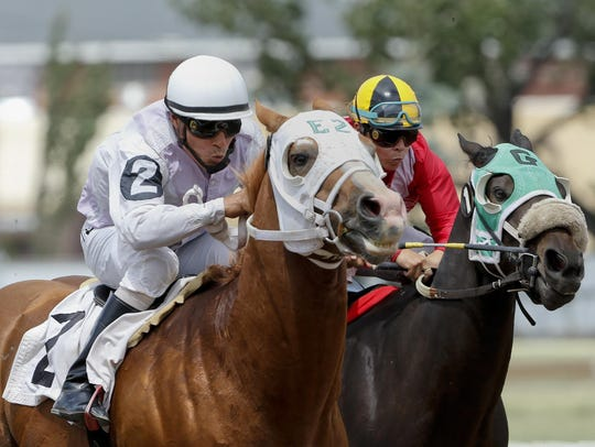 A bill favoring 'historical horse racing' died at the Legislature on Wednesday.