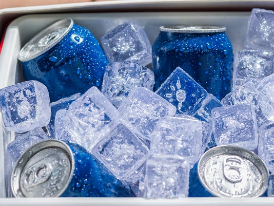 XXX SD COOLER FULL OF ICE COLD DRINKS CANS_688745376_1782 .JPG USA MD