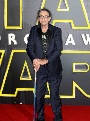 bc52afd95df Peter Mayhew attends the European Premiere of