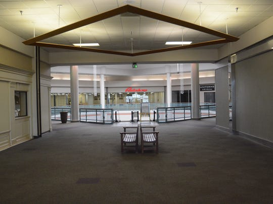 Mall management notified tenants with month-to-month leases that their leases would not be renewed on Jan. 19.