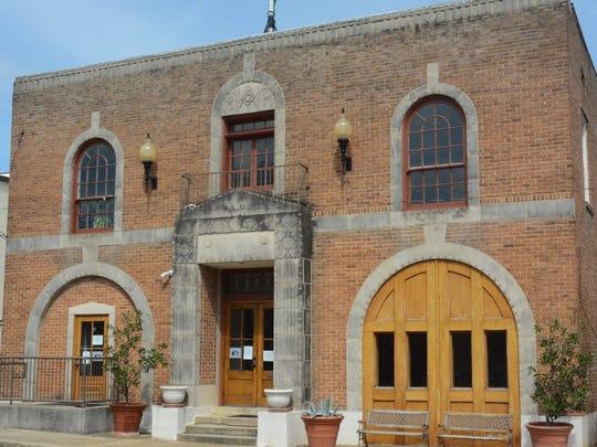 Pelahatchie City Hall
