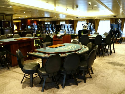 Deal watch small ship line azamara rolls out promotion for 12 seater poker table