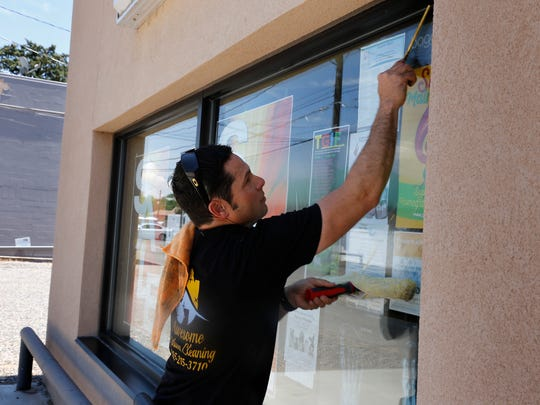 Awesome Window Cleaning LLC offers the cleaning of screens, shower doors, chandeliers and gutters.