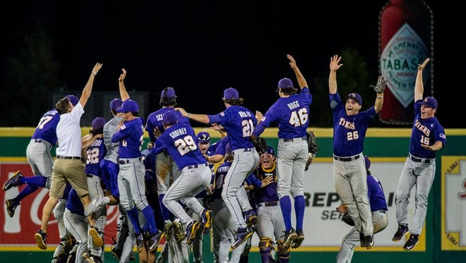 LSU advanced to the College World Series in Omaha after defeating UL 6-3 in the super regionals Sunday.