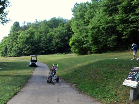 BMN 063016 BM Golf course