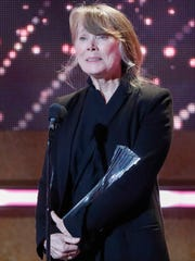 Sissy Spacek accepts the Artist of a Lifetime award