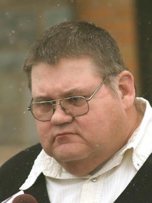 Ted Klaudt enters the Hughes County Court House on Jan. 17, 2008 on the day he was sentenced to 44 years for raping two foster daughters.