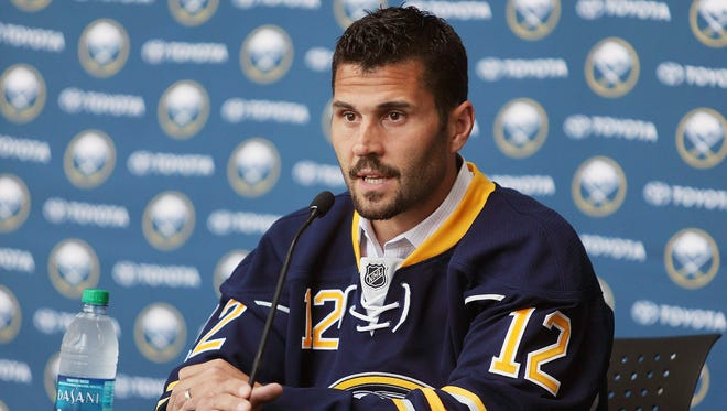 Brian Gionta will join the Buffalo Sabres next season after serving as Montreal Canadiens captain.