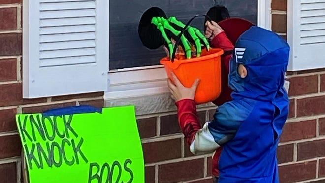 Star Courier reader Barbara Safirin snapped this photo of a unique candy-delivery technique employed for Trick-or-Treaters Saturday.