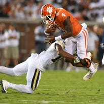 Clemson co-offensive coordinator Jeff Scott and the Tigers take on Louisville on Saturday.