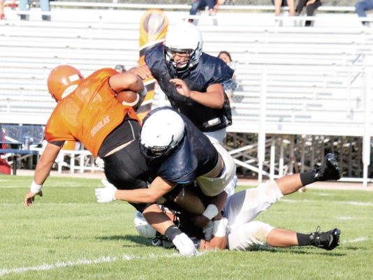 Danny Udero/Sun-News   Silver's defense is going to have to force some three and outs and help get some turnovers during the rival game against Deming on Friday night.