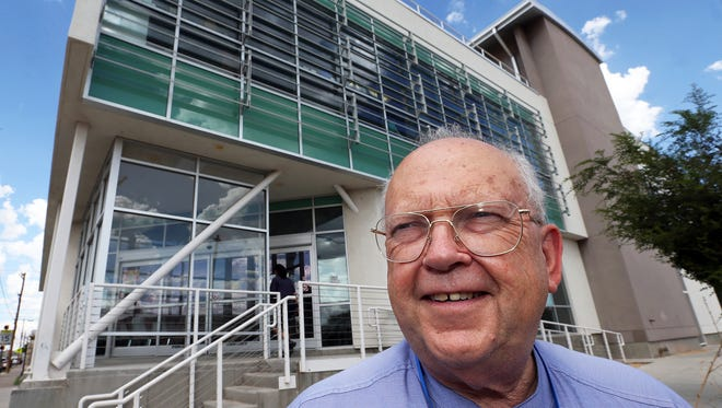 Bill Schlesinger is co-director of Project Vida at 3607 Rivera Ave. in the Chamizal area of South El Paso. Schlesinger co-founded the organization  25 years ago with his wife, Carol.