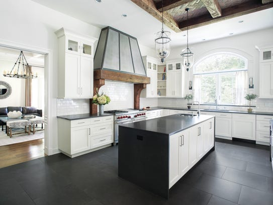 Kitchen designed by Ruth Richards, Interiors at Woodside
