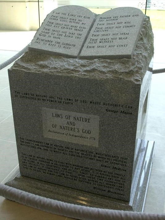 636415384996699552-Roy-Moore-Ten-Commandments-monument.jpg