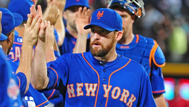 Bobby Parnell of the Mets celebrates after a game against the Braves at Turner Field in 2013.