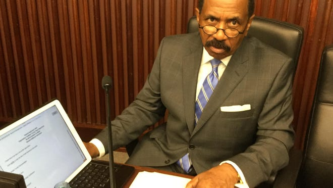 Savannah political giant Al Scott lost his bid for Chatham County tax commissioner in Tuesday's elections.