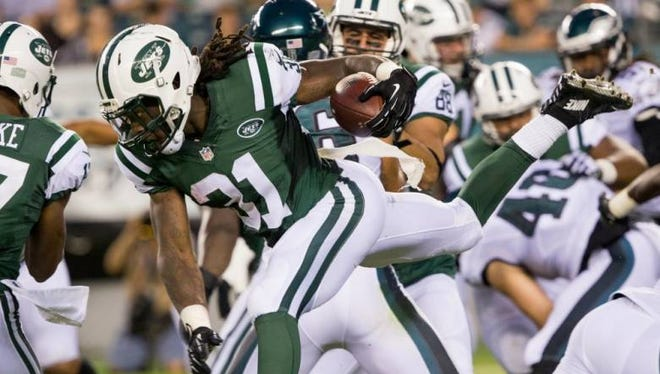 In this Sept. 1 photo, Jets running back Khiry Robinson (31) rushes against the Philadelphia Eagles during the first quarter at Lincoln Financial Field.