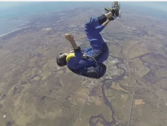 635608895035336050-skydive-seizure
