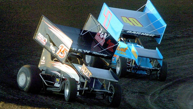 Clint Garner (40) of Sioux Falls finally broke through with a victory at the Knoxville 360 Nationals on Saturday.
