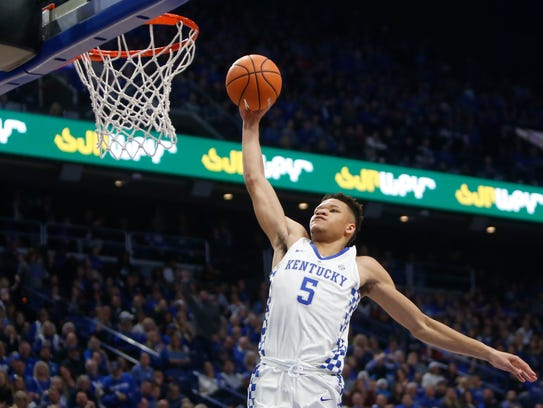 Kevin Knox #5 of the Kentucky Wildcats goes up for