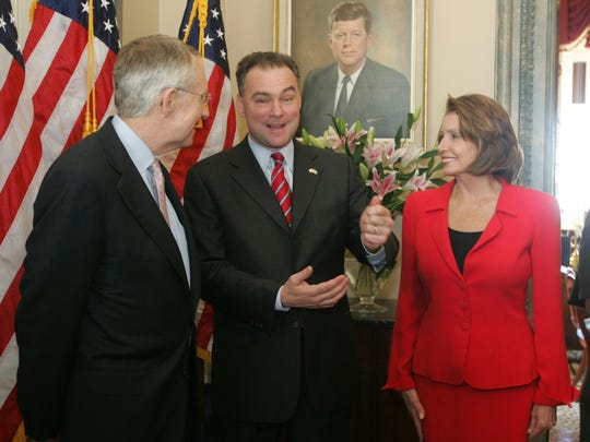 Tim Kaine, center, in 2006 with Democratic leaders