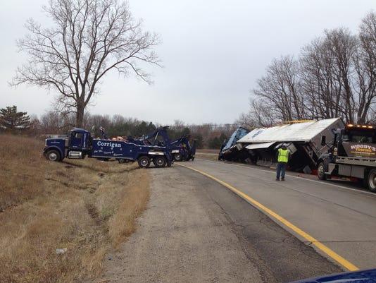 635542040616941191-Banana-truck-crash