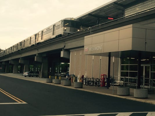 PATCO Westmont station