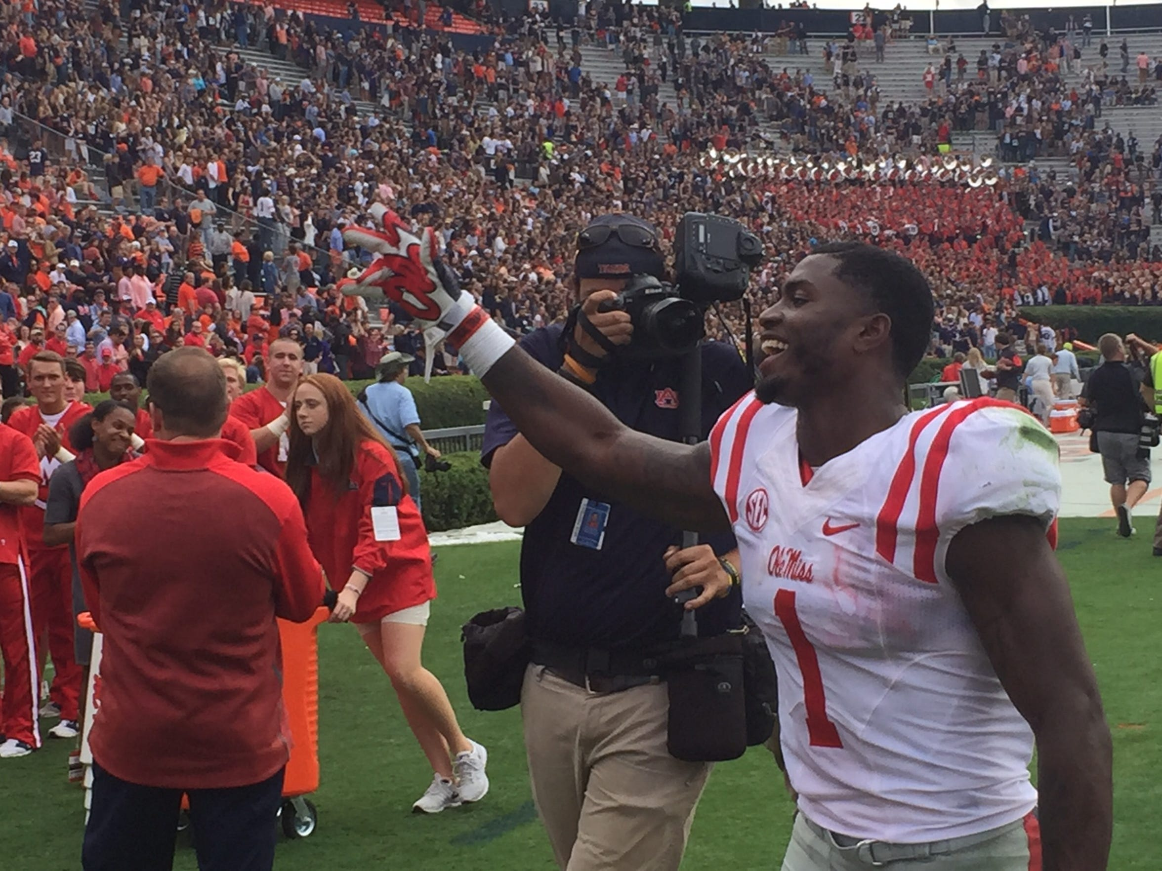 Laquon Treadwell had his fourth-straight 100-yard receiving game Saturday, leading Ole Miss to a win against Auburn.