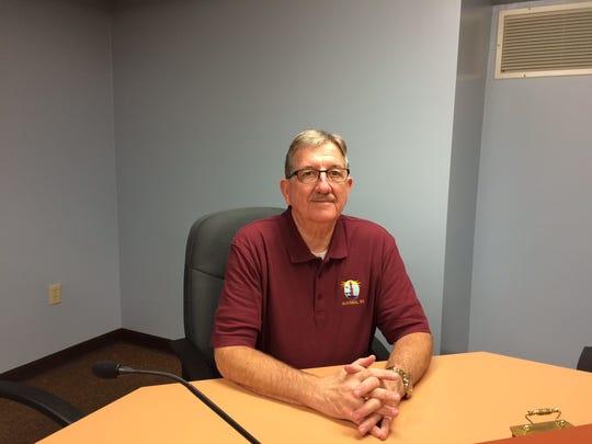 Algoma Mayor Wayne Schmidt