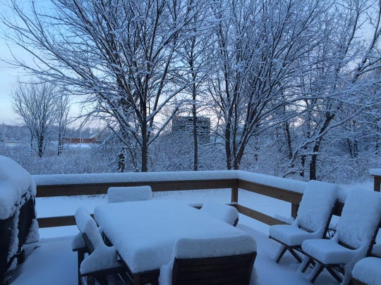 About 4 inches of snow fell overnight in De Pere.