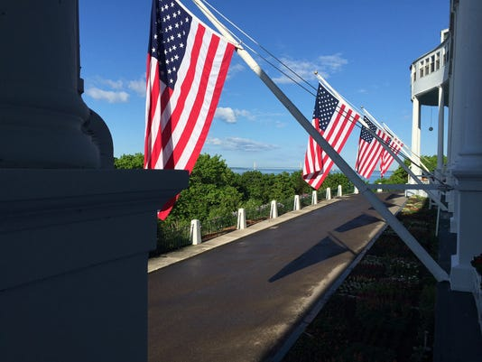 636005535033631618-mackinac-flags.jpg