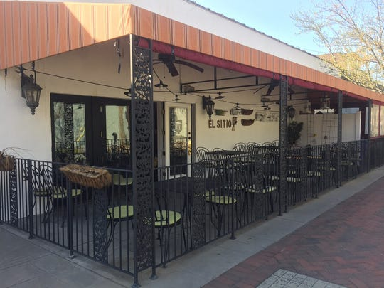 Eli Sitio offers romantic seating on the corner of Haddon and Washington.