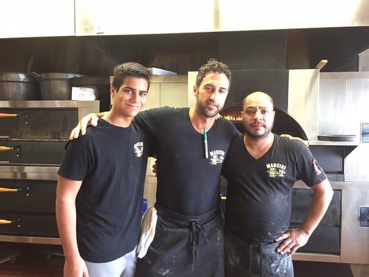 636383178057485172-Mancini-pizza.jpg