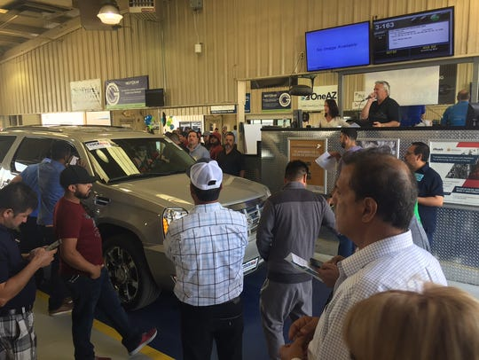 Buyers get close to the action at Manheim auctions