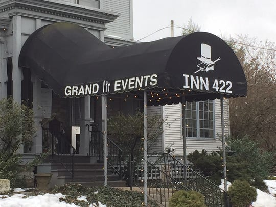 Inn 422 offers expanded hours on Easter Sunday and