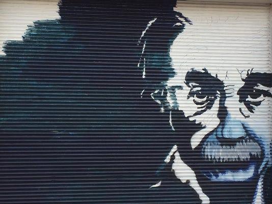 albert-einstein-mural-lebanon-1