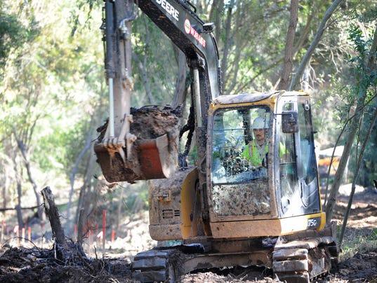 Creek-cleanup-2.jpg