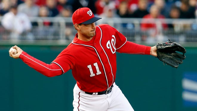 Nationals third baseman Ryan Zimmerman won't play Sunday because of a sore right shoulder.