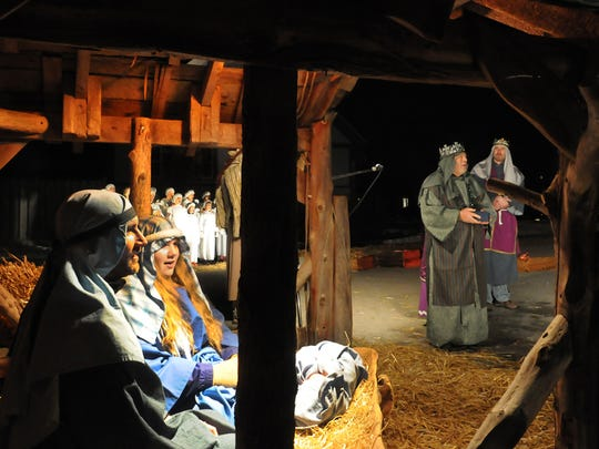 -DCA 1210 living nativity.jpg_20141208.jpg