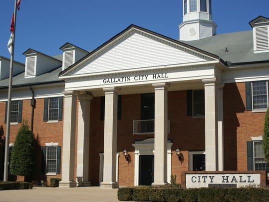 gallatin city hall.JPG
