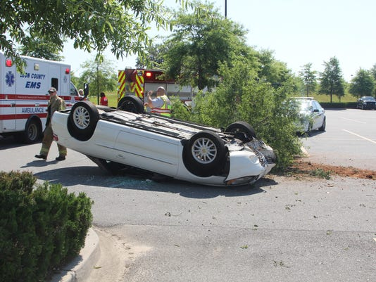 Single-vehicle accident in Costo's parking lot