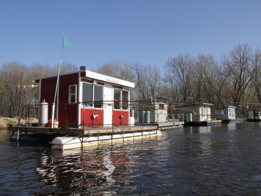 636640536743856878-Raft-fishing-2.jpg