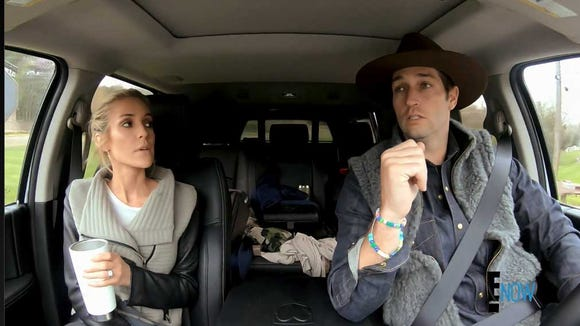 'Very Cavallari' recap: Jay Cutler wears 'hipster country' outfit, convinces Kristin Cavallari to move