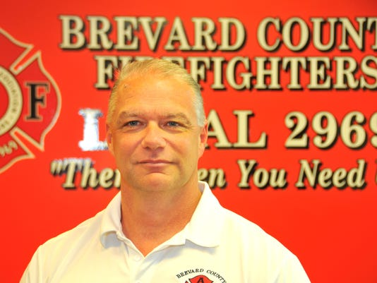 Firefighters suing countint