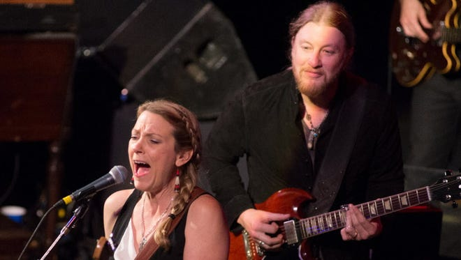 Susan Tedeschi and her husband Derek Trucks bring their band to a sold-out Riverside Theater Saturday.