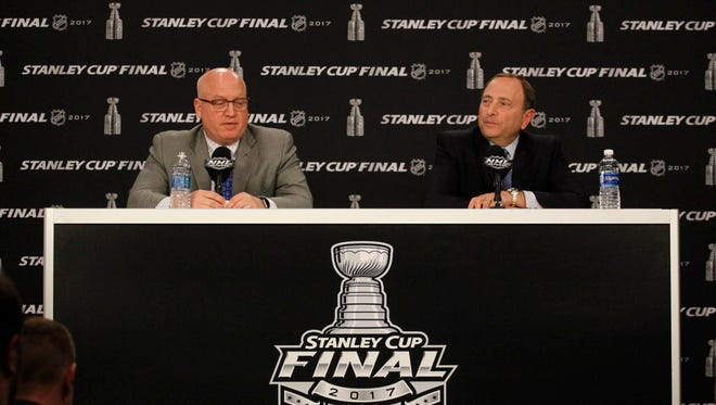 NHL commissioner Gary Bettman (right) and deputy commissioner Bill Daly (left) recently awarded Dallas the 2018 NHL draft.