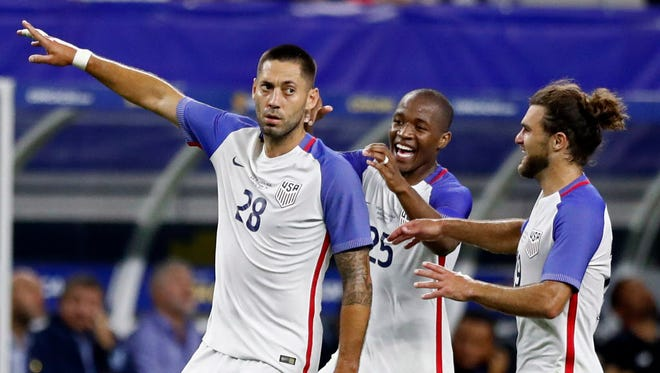 Clint Dempsey celebrates his goal against Costa Rica in the Gold Cup semifinal in Arlington, Texas.