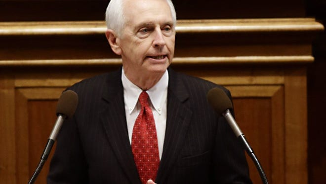 Kentucky Governor Steve Beshear addresses the  General Assembly at the Capitol in Frankfort.
